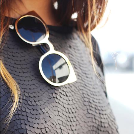 Sunglasses on Fea